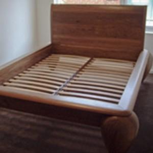Laroche-bed-thumb01